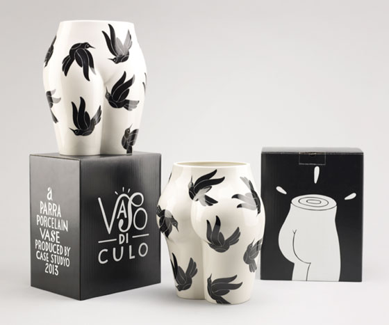 Porcelain vase designed by Parra
